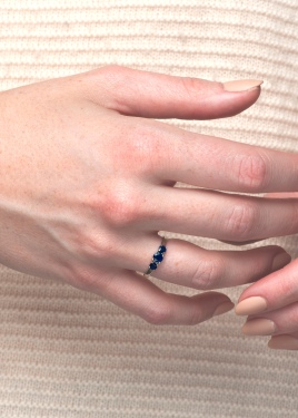 ELIZABETH (sapphires with white gold)
